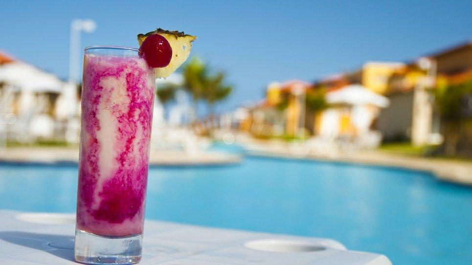 BAR PISCINA Hotel Coral Los Alisios